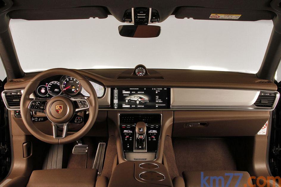 Interior del Porsche Panamera 4S