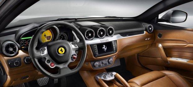 Interior del Ferrari FF