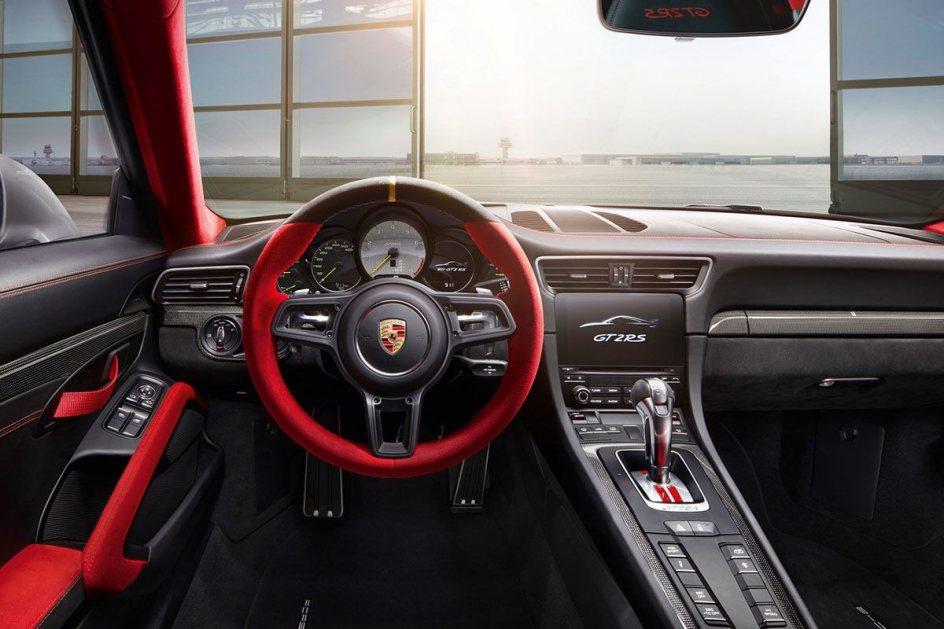 Interior del Porsche 911 GT2 RS