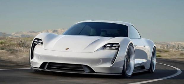 Una autonomía de 100 kilómetros con solo 4 minutos de carga, así es el nuevo eléctrico de Porsche.