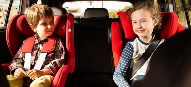 Dos de cada tres niños viajan incorrectamente en coche: así deben hacerlo
