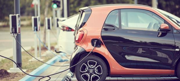 España contará con dos millones de coches eléctricos en 2040