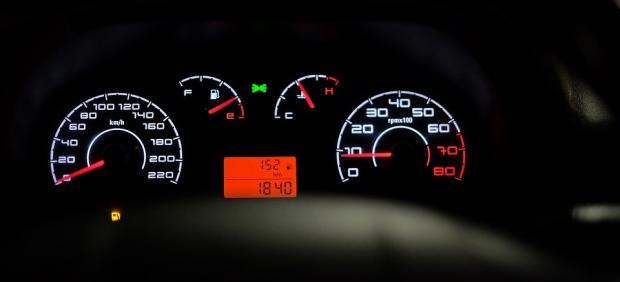 ¿Cuántos kilómetros puede circular un coche en reserva?